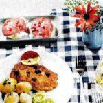Gebratenes Kabeljaufilet mit Kopfsalatherzen in Tomatenmayonnaise
