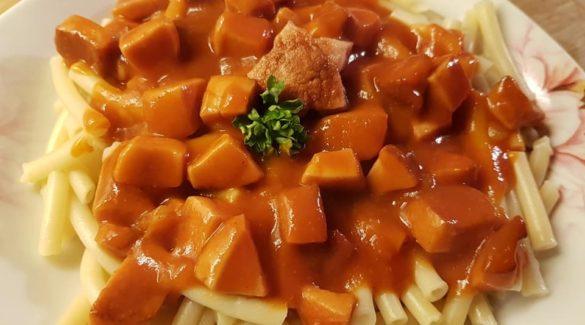 Makkaroni mit Tomatensoße nach DDR Art